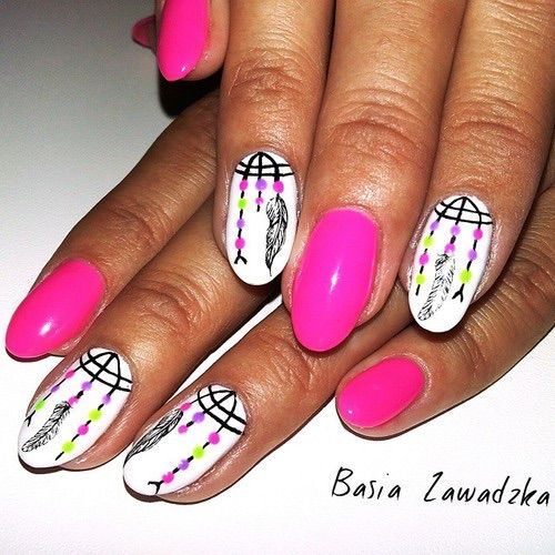 Image via We Heart It #hybrid #nails #semilac