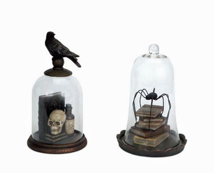 Spooky gothic Halloween décor. This would be a great addition to my indoor Halloween collection! ;-)