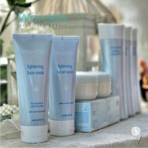 Beauty can inspire.. But, free radicals can affect the skin brightness. For that reason,Wardah offers the new innovation from Wardah Lightening Series. So,you can look brighter in your own skin tone. And when you're confident with your own skin, we called it Wardah Inspiring Beauty