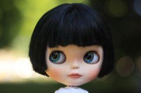 OOAK-Custom-Blythe-Dahlia-by-Vivian