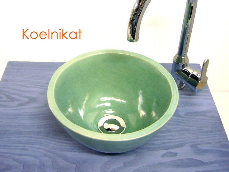 Waschbecken & Badewannen - Kleines Waschbecken, Keramik 25,5 cm,  türkis-mint - ein Designerstück von koelnikat bei DaWanda