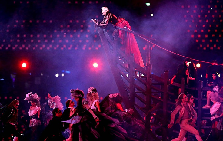 London 2012 | Summer Olympics closing ceremony - Framework - Photos and Video - Visual Storytelling from the Los Angeles Times