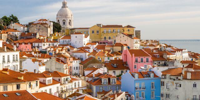 Lisbon travel guide - Booking.com