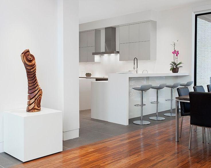 Cuina-2_H.U.A.-Modern House Nearby Lake Michigan With a Sense of Verticality by Joseph Trojanowski