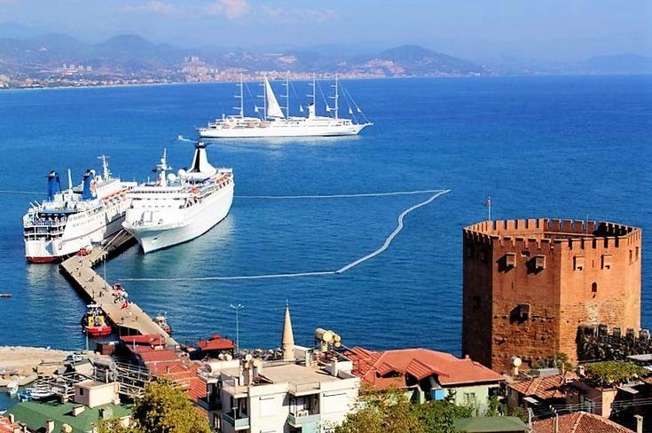 Turnul Roșu, cetatea medievală și croaziera pe Mediterana - tot atâtea provocări dinaintea turistului dornic să vadă frumusețea locului http://vacantierul.ro/idei-de-cadouri-pentru-mirese-marc-antoiu-i-a-daruit-cleopatrei-o-cetate-alanya/