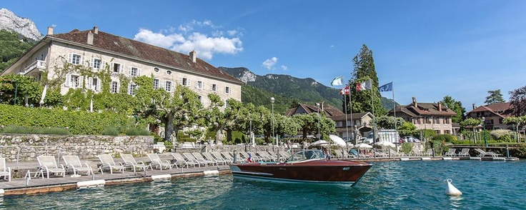 An incredible site for learning everything about luxury hotels and the French art of welcoming on this site: http://www.laurentdelporte.com/en/ Discover Abbaye de Talloires