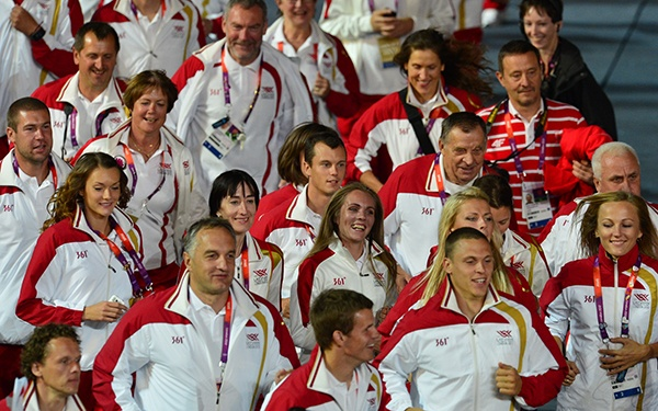 Latvian athletes parade during the closing ceremony of the 2012 London Olympic Games at the Olympic Stadium. (Photo by Gabriel Bouys/AFP/Getty Images)