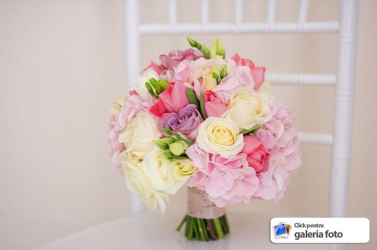 buchet mireasa issaevents valcea hortensia si aranjamente nunta