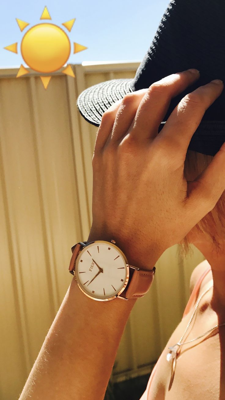 Sunny day is even brighter with rosegold Fieri watch