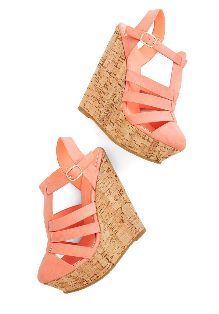 Coastal Cookout Wedge. These coral-pink wedge sandals are sure to make a major splash at your beachside picnic! #coral #modcloth