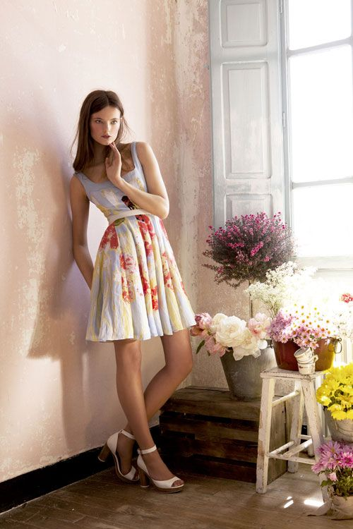 Adorable 2012 Summer dress by Adolfo Dominguez