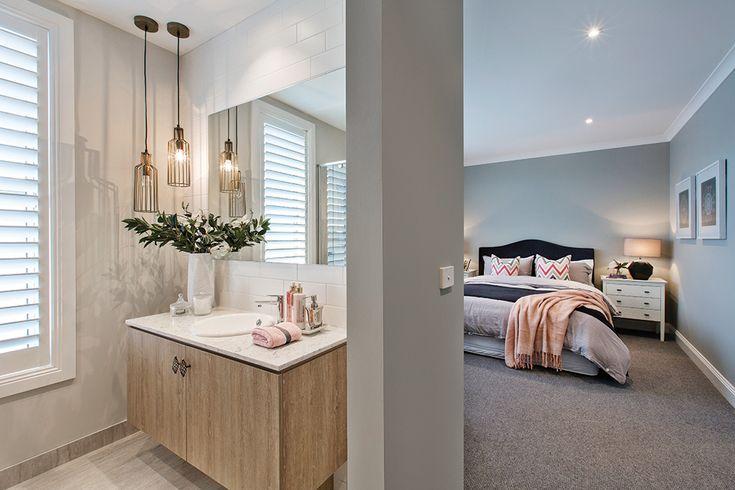 Classic Hamptons bedroom and ensuite #classichamptons