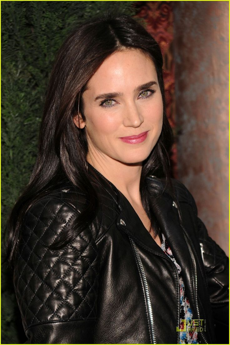 Jennifer Connelly & Paul Bettany: 'Tourist' Twosome