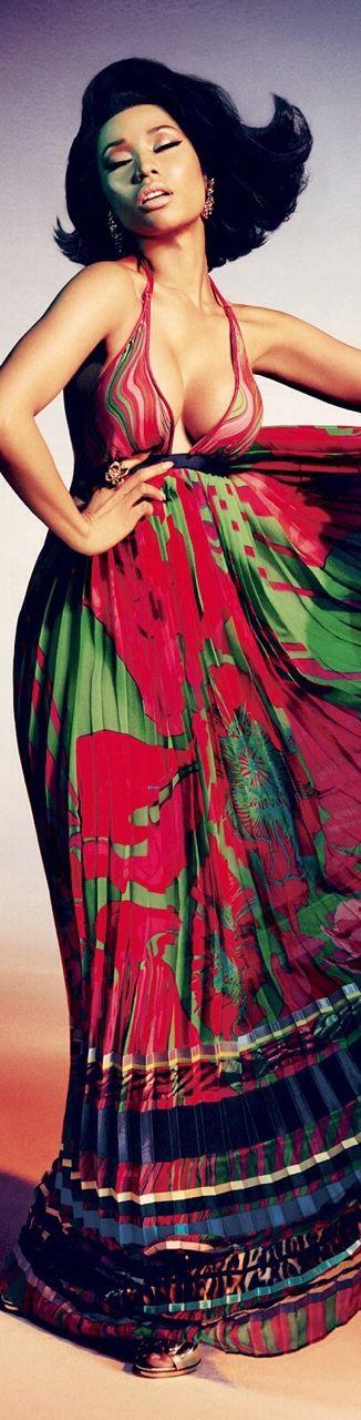 Nicki Minaj evakiuraite-Fashion,Beauty,Landscape,Home Design,Sexy Girls.