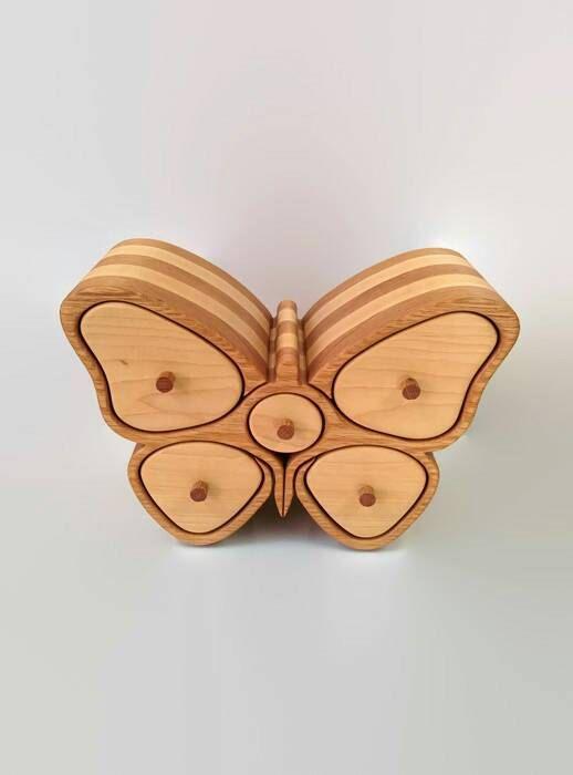 boite en bois en forme de papillon par RoysBox sur Etsy