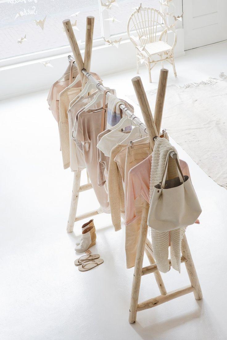 Kleiderständer (aus unentrindetem Birkenholz !)