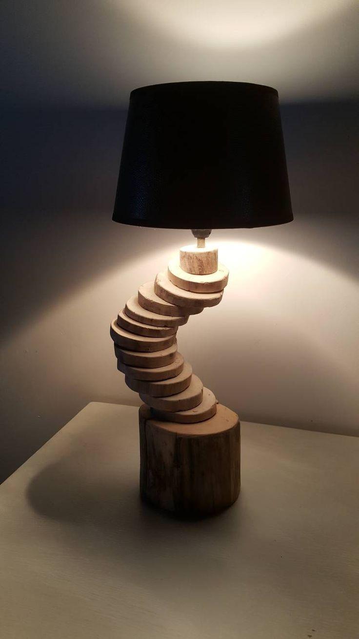 Lampe en bois flotté,moderne,lampe art déco,lampe a poser,décor bois flotté,lampe bois,éclairage bois flotté,design,bois flotté home décor