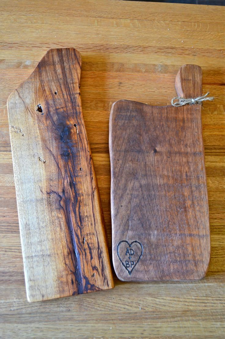 recycled pallet cheese board