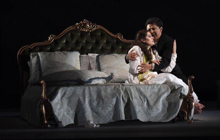 Jenish Ysmanov (Alfredo Germont),  Anna Corvino (Violetta), Atto III - foto Roberto Ricci (29/10/2014)