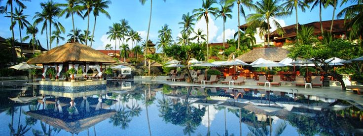 Nusa Dua Beach Hotel & Spa swim up bars bali kids guide