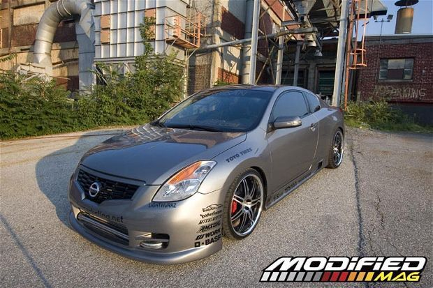 2008 Nissan Altima Coupe spoiler and tint