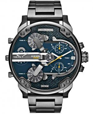 Diesel DZ7331 only the brave silver tone blue dial men's watch sport.  This attractive gents Diesel watch is made from black ion-plated steel and is powered by a chronograph quartz movement. It is fitted with a black metal bracelet and has a blue dial. Date display at the 3 o'clock position.