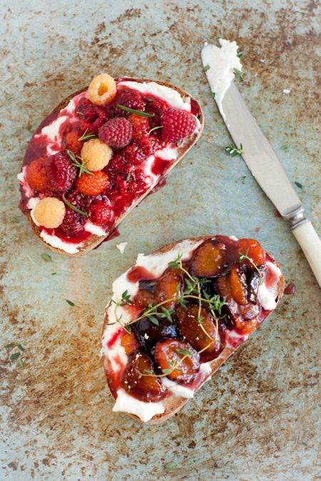 fruit bruschetta with goat cheese and fresh herbs Recipe: 2 slices sourdough