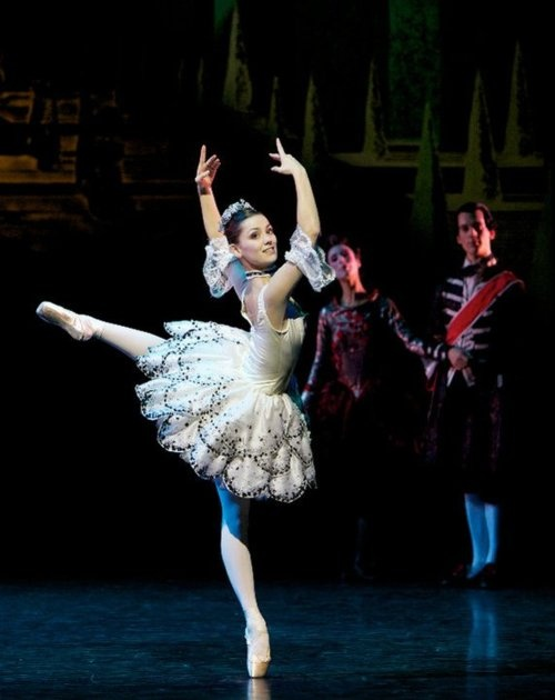 Sophie Martin as Cinderella in Cinderella Scottish Ballet