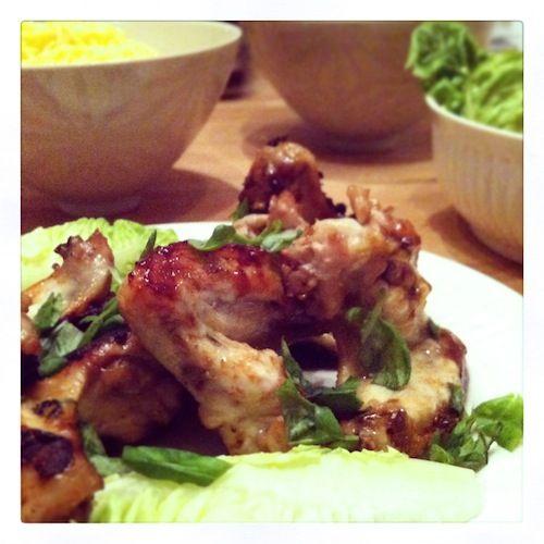 Healty comfort food thai chickenwings