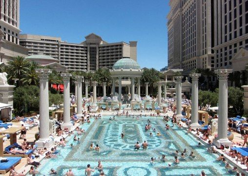 las vegas hotels that do not charge resort fees