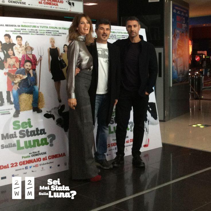 Il film è stato presentato in Anteprima al Cinema Adriano insieme al cast e al regista. Qui un momento della Conferenza stampa con Liz Solari, Paolo Genovese e Raul Bova