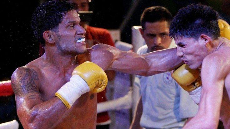 Tristes noticias para el mundo del boxeo: David 'El Terry' Acevedo, joven boxeador de 23 años, falleció por las graves heridas producidas en su última pelea en la que luchaba por conseguir 140 euros