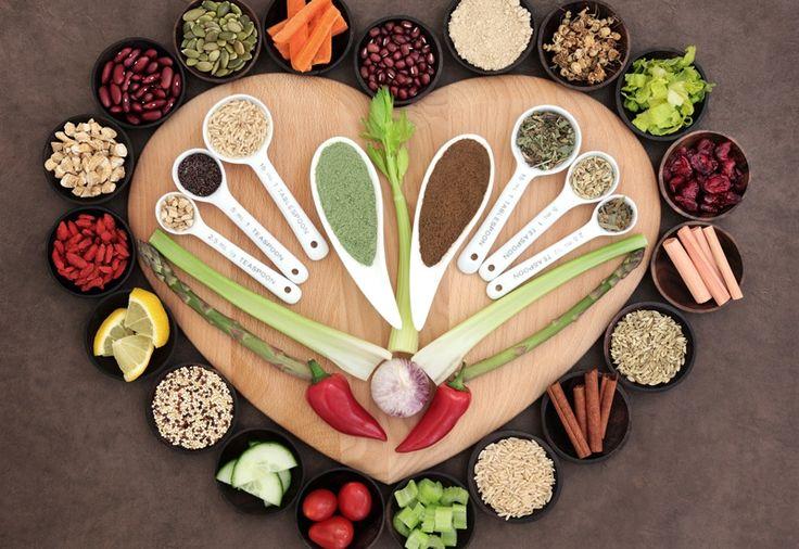 #Kochkurs #Superfood für Gesundheit, Schönheit und Jugend.  Superfood erobert deutsche Küchen - mehr Nährstoffe für deinen Körper. Wir kochen daher Gerichte, die reich an Nährstoffen sind. So kommen bei uns Brokkoli oder gekeimte Sonnenblumenkerne auf den Tisch. Brokkoli kann man schon Superfood nennen, der er viel Protein und wenige #Kohlenhydrate enthält.