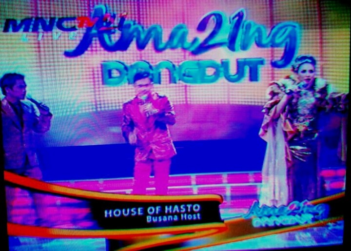 kostum by House of Hasto n payet by Yakup Rumah Payet