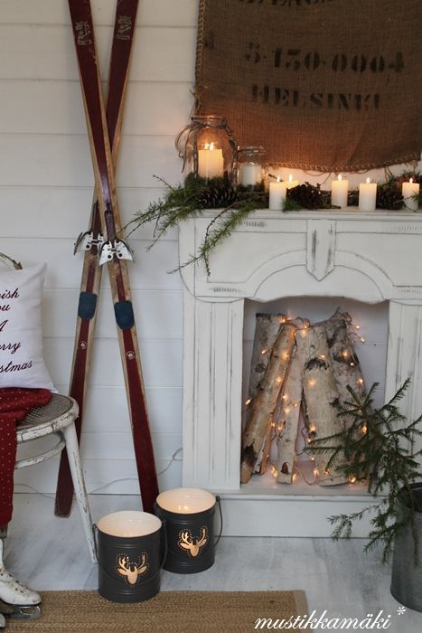 simple, elegant holiday decor. Love the #skis