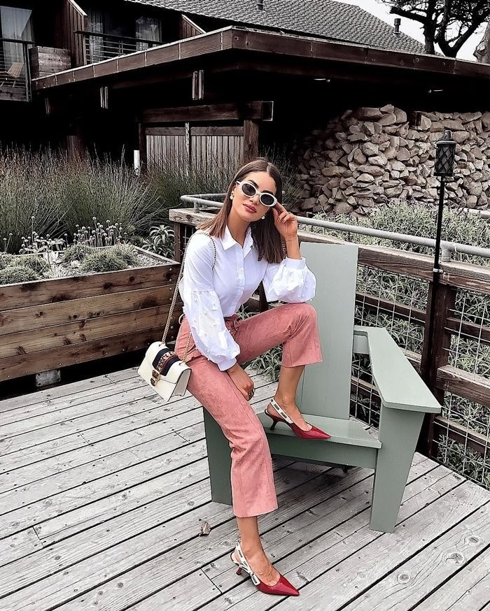 Need Labor Day outfit ideas? These top fashion bloggers have got you covered with these easy outfits.
