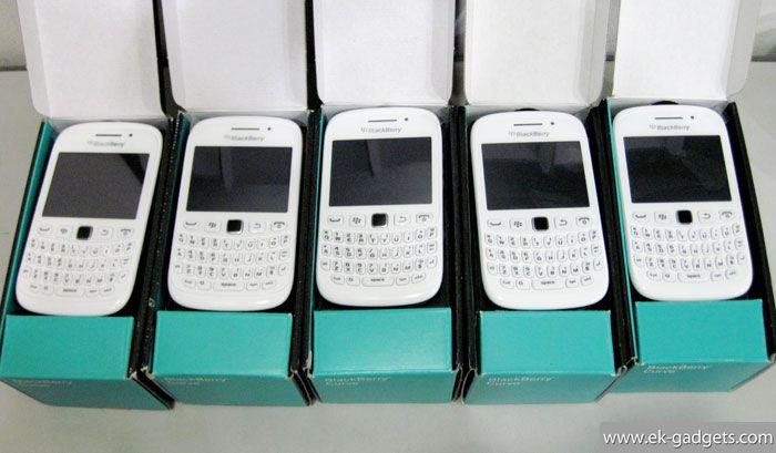 Blackberry Davis 9220 Rp.1.750.000.-   Garansi 2-Tahun