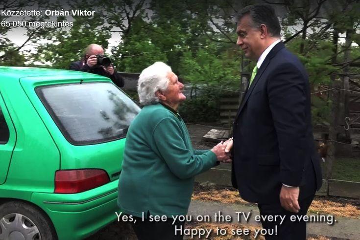 Ezt+kérdezte+valaki+a+Facebook-on.+Nem+írom+le+a+nevét+az+illetőnek,+mert+aki+ma+nem+ismeri+Bözsi+nénit,+az+megérdemli,+hogy+minden+más+jóból+is+kimaradjon.  Kép:Orbán+Viktor/Facebook,+videó Bözsi+néni+a+kiválasztott+vidéki+kisnyugdíjas,+aki+–+ahogy+kell+–+imádja+Orbán+Viktort.+Hogy+ezt+a+Vezér…