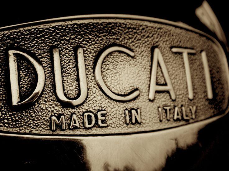 Ducati ..._