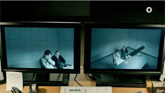 Filmbilder von 'TATORT' Weimar – 'Der treue Roy' – Szenenbild Dorle Bahlburg – Kamera Ralf Noack – Regie Gregor Schnitzler