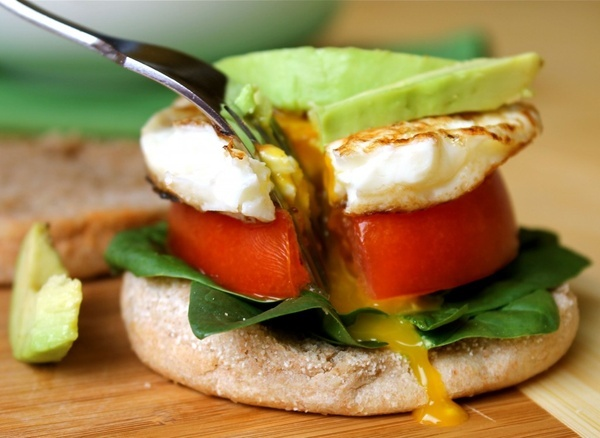 {Day 2   Breakfast} Egg, Tomato, Spinach, Canadian Bacon on 100% Whole Wheat English Muffin