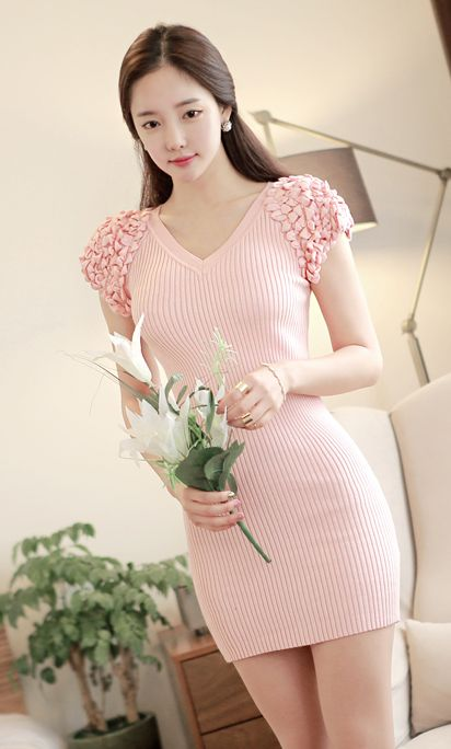 Luxe Asian Women Dresses Fashion Style Forever 21 Korean