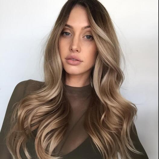 Voulez-vous des recommandations avec quelques conseils sur le soin des cheveux? Coiffure rapide. #hairstyling #along #hairstyle # hairstyling #quick