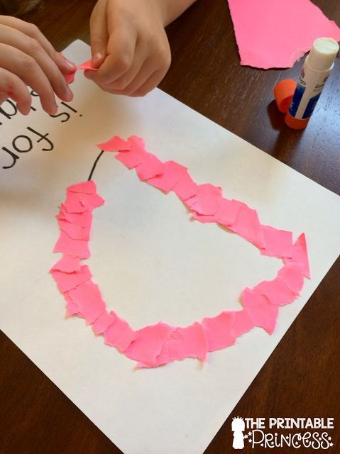 This name activity is perfect for building stronger fingers! It's fun, teaches their name, and the tearing paper makes this a great fine motor activity! If you teach in a special education classroom, you will find some really great literacy and math ideas here. Read more at: http://www.theprintableprincess.com/2015/08/developing-fine-motor-skills.html