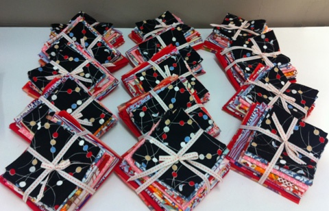 Wrapping Fabric Bundles