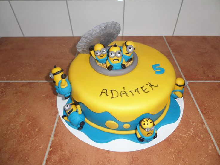 dort - Mimoni (Já padouch) / cake - Minions (Despicable Me)