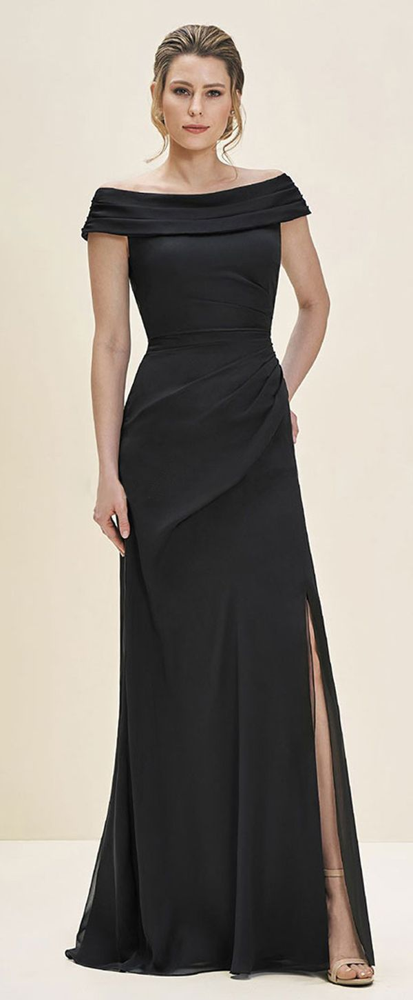 Sexy Chiffon & Satin Off-the-shoulder Neckline Sheath/Column Mother Of The Bride Dress