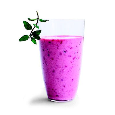 Pomegranate-Berry Smoothi1/2 cup(s) chilled pomegranate juice  1/2 cup(s) vanilla low-fat yogurt  1 cup(s) frozen mixed berries  Directions    In blender, place juice, yogurt, and berries. Cover and blend until pureed.