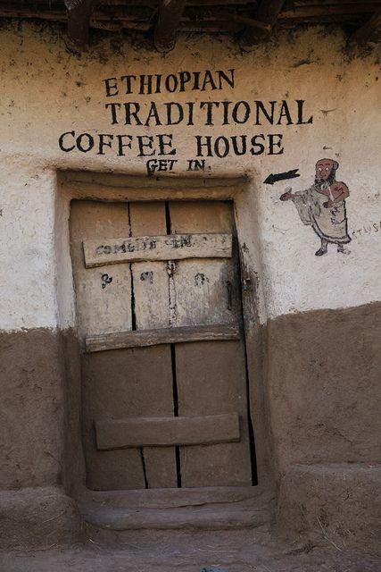 Ethiopian Coffee House in Lalibela. Tenho que postar!... mesmo não sendo nada atraente, é diferente.