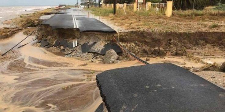 Αυτός είναι ο δρόμος που από τα ακραία καιρικά φαινόμενα κόπηκε στα δύο! (ΦΩΤΟ)